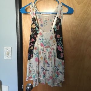 Gorgeous O'Neill tank top blouse size small